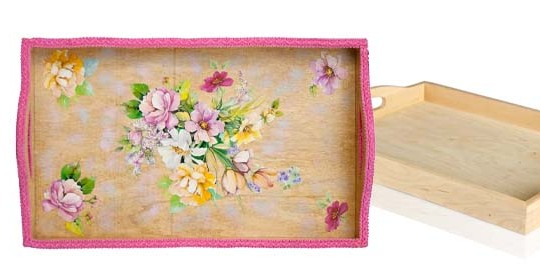 Decoupage-a-wooden-tray